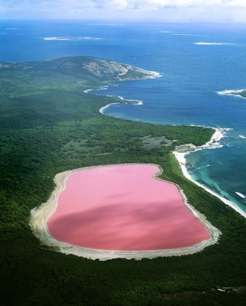Lake Hillier_All rights reserved by AndreaMaizzi