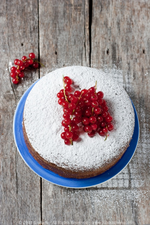 Poppy seed buckwheat cake with fresh red currants 2