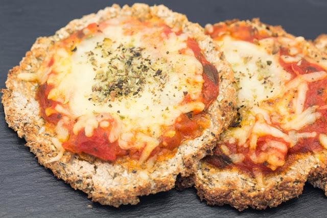 Cauliflower Buckwheat Crust 2 from hovkonditorn.blogspot.se